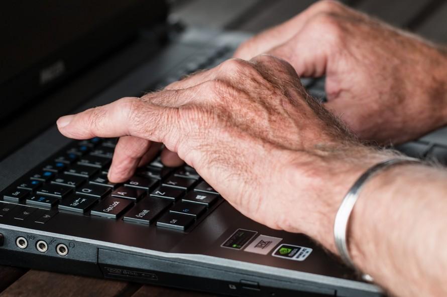 ネット高齢者