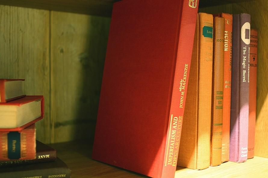 本棚に自分の本